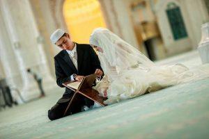 Cinta adalah Penyakit, Obatnya adalah Menikah