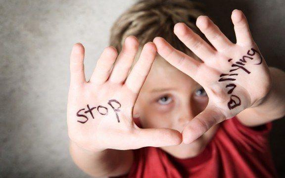 Saling Bully di Media Sosial, Ini Hukumnya!