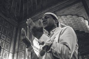Setelah Shalat Tahajud Dianjurkan Baca Doa Ini