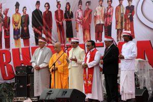 Kisah Kunjungan ke Pekan Raya Agama Besar Dunia