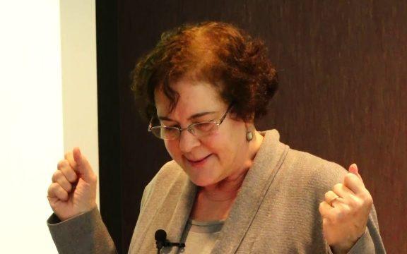 Lila Abu Lughod, Pembela Kaum Perempuan Asal Amerika