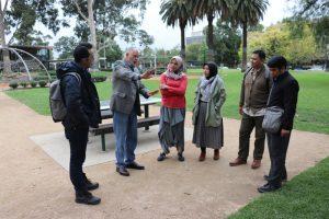 Diskriminasi Aborigin dan Teladan Muslim Makassar di Australia