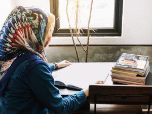 Asma: Protes kepada Rasul karena Perempuan Tidak Mendapat Pendidikan