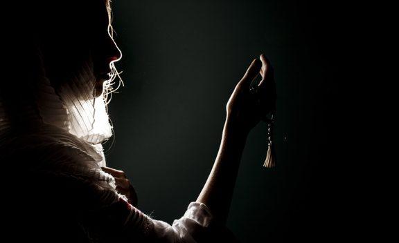 Kisah Qur'ani: Janda Miskin yang Diajak Berbisnis oleh Allah