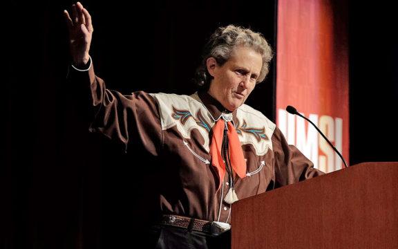 Kisah Inspiratif Temple Grandlin, Anak Autis yang Jadi Profesor