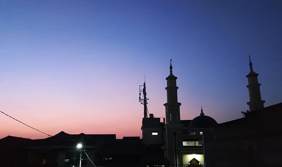 Membangun Masjid, Seberapa Pentingkah?