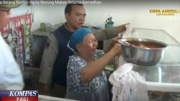 Ketika Satpol PP Merazia Warung Makan Di Bulan Ramadhan