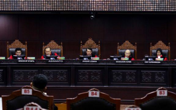 Menelisik Pembuktian Kecurangan di Mahkamah Konsitusi dalam Narasi Terstuktur, Sistematis dan Masif (TSM)