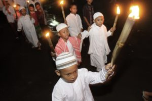 Kisah Pilu Anak Yatim Saat Idul Fitri, Rasul pun Ikut Sedih