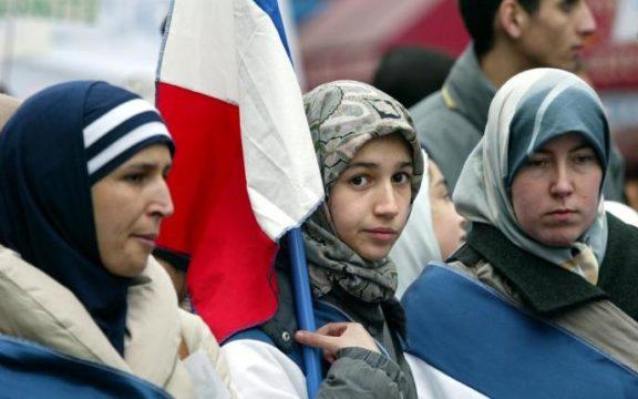Islam di Prancis, Laïcité, dan Tantangan Radikalisme