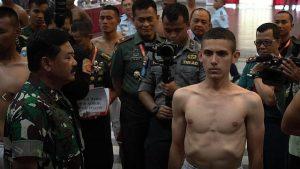 Enzo Allie & HTI: Apa Ia Tidak Berhak Jadi TNI dan Meraih Cita-cita?