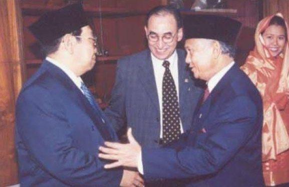 Humor Gus Dur Tentang Almarhum BJ Habibie dan Presiden Lainnya