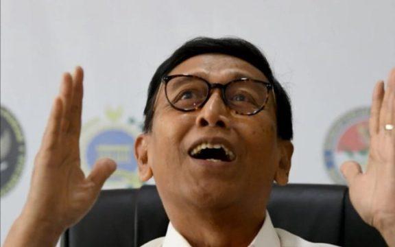 Zaman Boleh Berubah, Pak Wiranto Tetap Digdaya