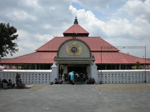 Semua Masjid Milik Allah, Tapi Hormati Mekanisme dan Kearifan Masjid di Yogyakarta Dong
