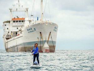 Susi Pudjiastuti Si Gadis Pantai, Bukan Gadis Partai