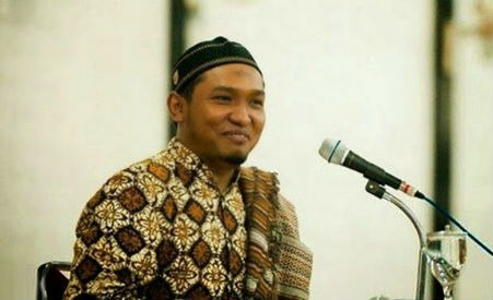 Keraton Yogya Tak Izinkan Acara Muslim United, Ini Catatan Untuk Salim A. Fillah