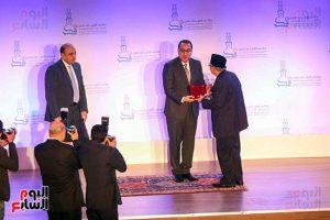 Pemerintah Mesir Anugerahkan Bintang Tanda Kehormatan Kepada Prof. M. Quraish Shihab