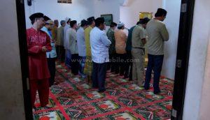 """Pengalaman Tersesat di Masjid yang Sangat """"Menyebalkan"""""""