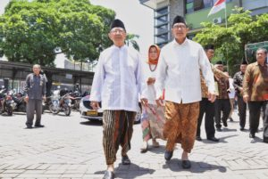 Islam Pantura: Penikmat Sarung Juga Bisa Cingkrang!