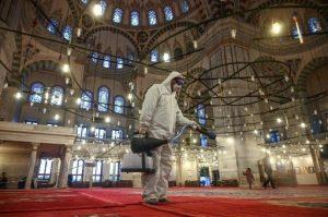 Setelah Ustadz Somad, Viral Segelintir Umat Menolak PPKM Darurat