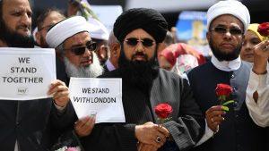 Minoritas Muslim di Inggris Miliki Tingkat Kematian Tertinggi Covid-19