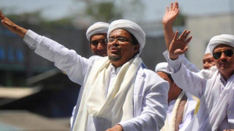 Selepas Habib Rizieq Pulang dari Mekah, Empat Analisis untuk Umat Islam