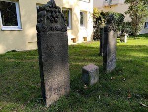 Nisan-nisan Kuno Muslim di Jerman: dari Anak Kecil hingga Prajurit Pasukan Utsmani