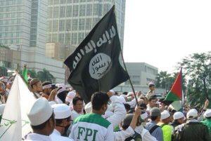 Menelaah Alasan Pembubaran FPI dan HTI: Ideologi atau Hukum?