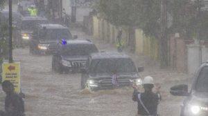Presiden Jokowi Bilang Banjir Kalsel Karena Curah Hujan, Tapi Tidak Bertanya Kenapa Intensitasnya Nggak Biasa