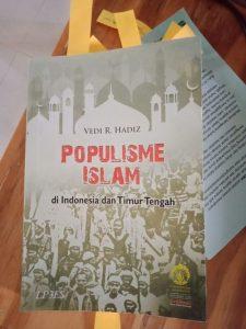 Populisme Islam, Vedi R. Hadiz dan Orang-orang IAIN