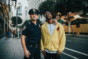 Two Distant Strangers: Rasisme dan Satire yang Menolak Tunduk