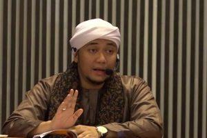 Ustadz Arrazy Hasyim Difitnah,Habib Geys Assegaf: Kalau Orang yang Tidak Tahu Diam, Sedikit Kita Bertengkar